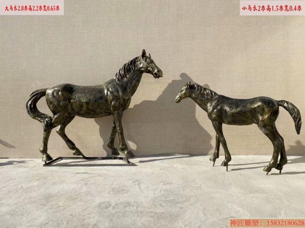 玻璃钢仿铜马雕塑3